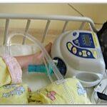 Die VS Ultra Beatmungsmaschine im Pflegebett der Klinik